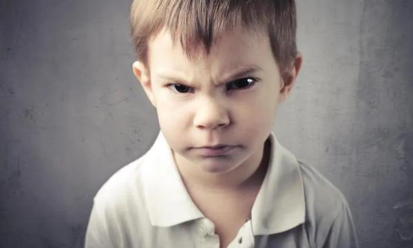 التعامل مع غضب الأطفال