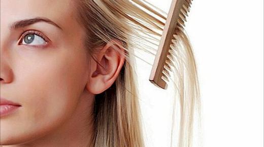 أسباب ترقق الشعر عند النساء وطرق الوقاية منها