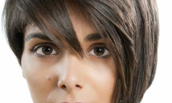 ما هي أفضل حيل لجعل الوجه يبدو أنحف ؟