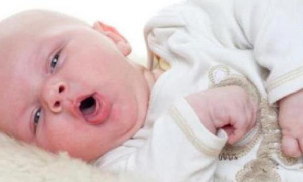 ما علاج السعال عند الاطفال ؟