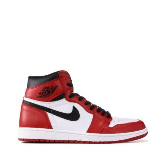 Nike Air Jordan 1 High 'Chicago' in pakistan Nike Air Jordan 1 price
