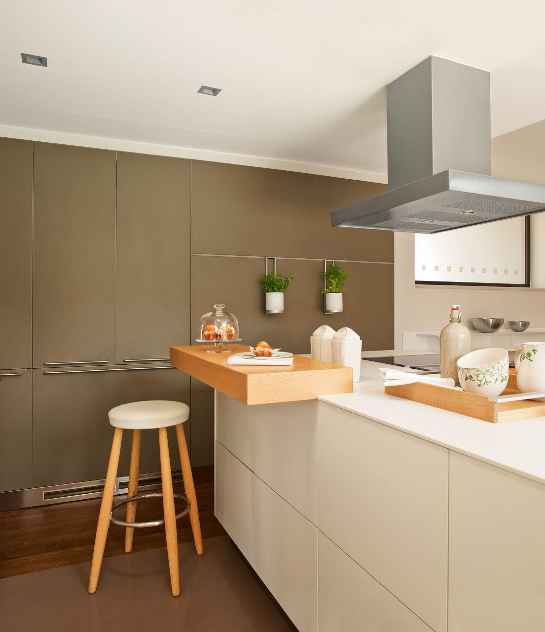 Una cocina funcional y muy ordenada