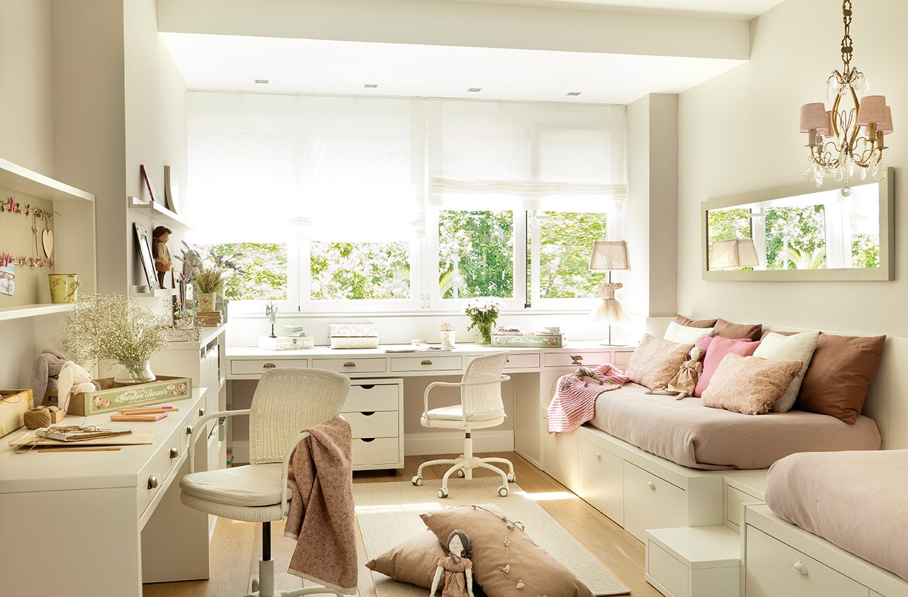 Una suite de princesas con bao estudio y vestidor