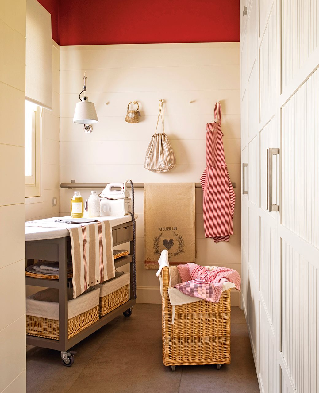 Un lavadero oculto en un armario