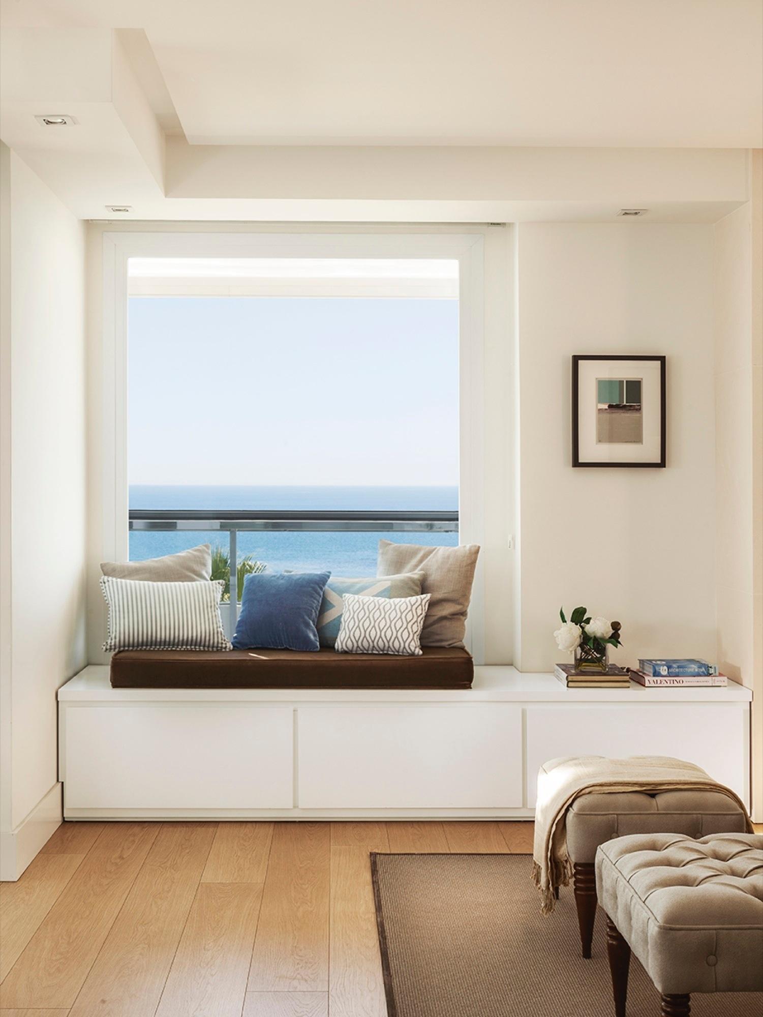 Ideas 2 x 1 muebles a medida bajo la ventana