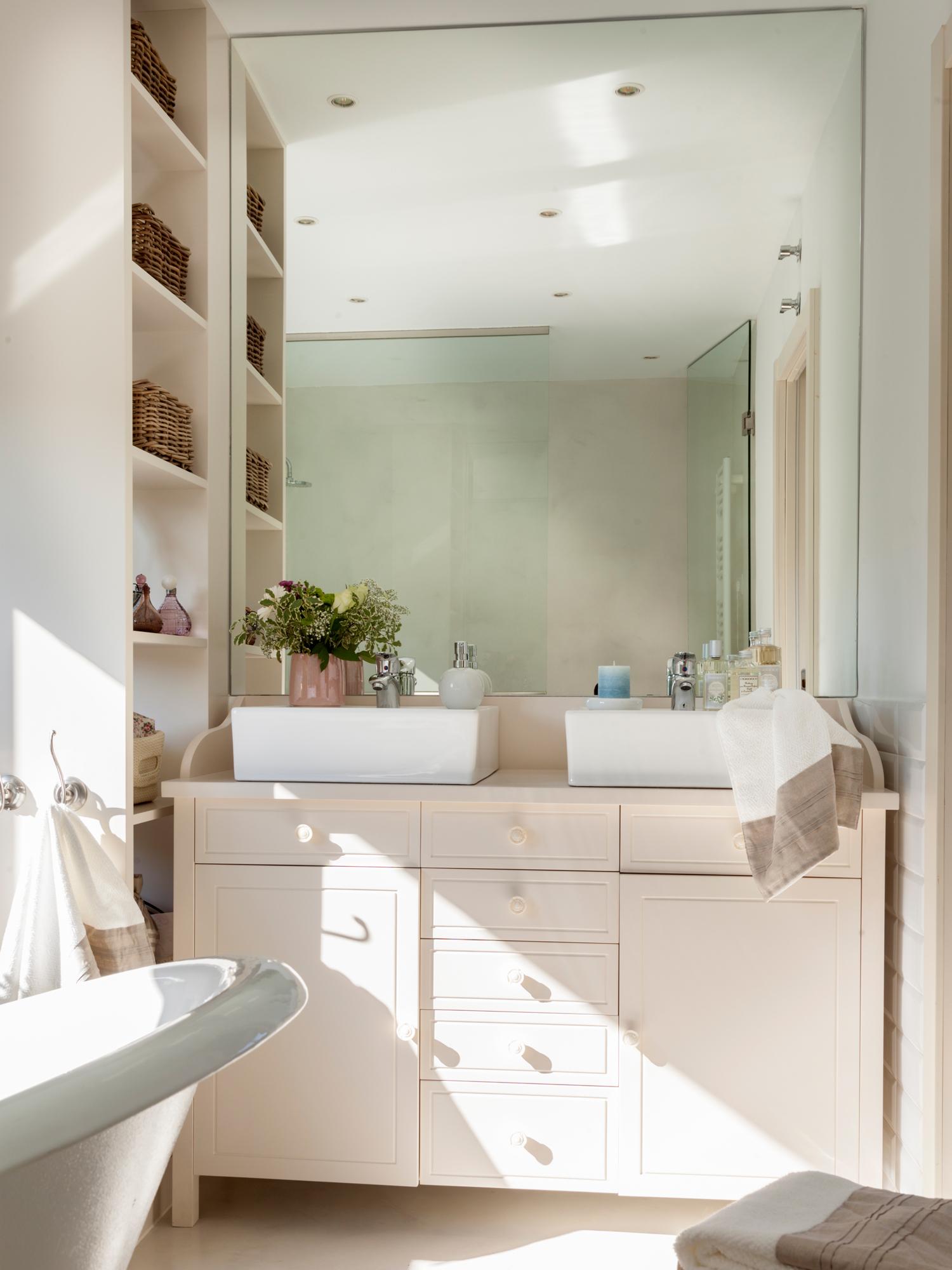 Muebles perfectos para baos pequeos
