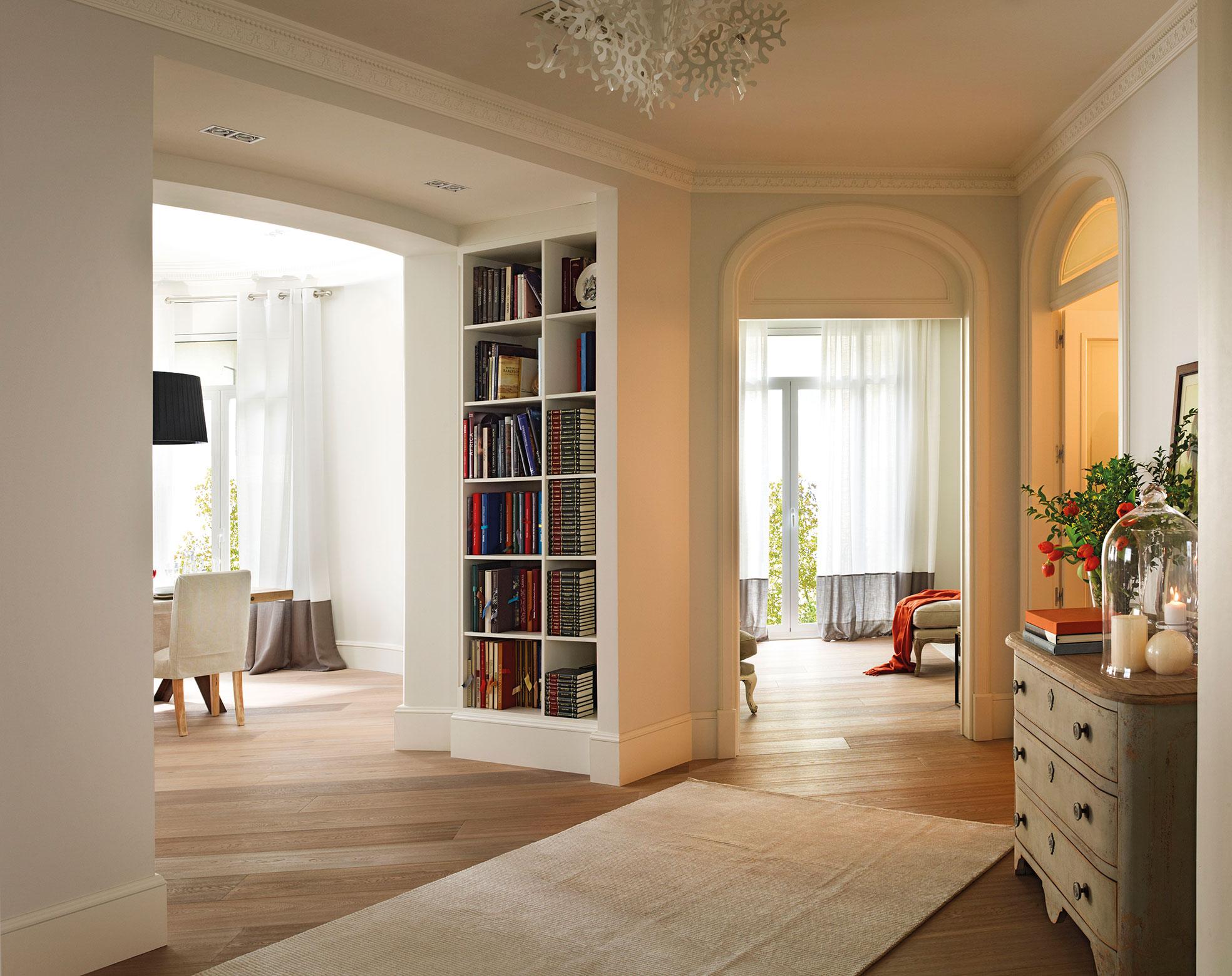 Zonas de paso bien aprovechadas pasillos recibidores y
