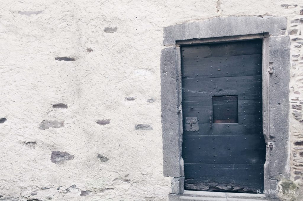 Castillo de Eltz puerta