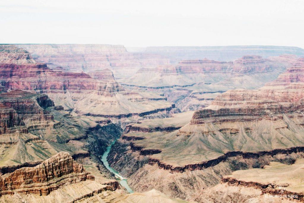 El río Colorado. Gran Cañón en un día