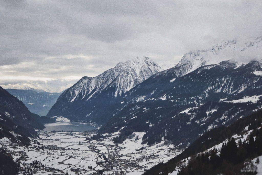 Los valles nevados de Suiza en invierno