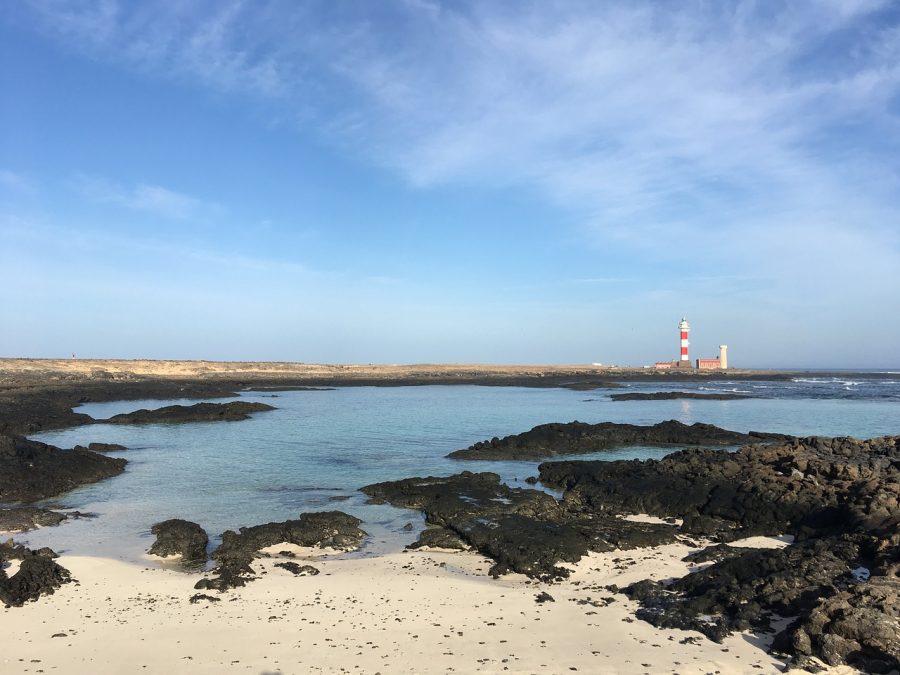 mejores playas de Fuerteventura - Playa de los Lagos del Faro del Cotillo