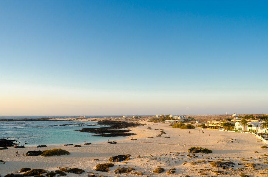 mejores playas de Fuerteventura - playa de la Concha del Cotillo