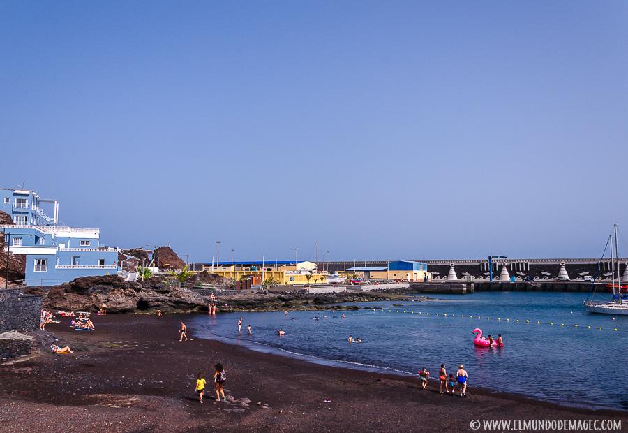 Piscinas naturales de El Hierro - playa de La Restinga