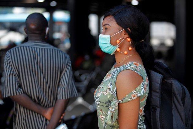 dona mascareta coronavirus Nigèria Àfrica - Efe