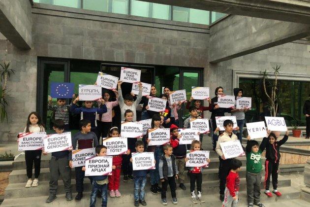 nens república d'artsakh cartells europa - cedida