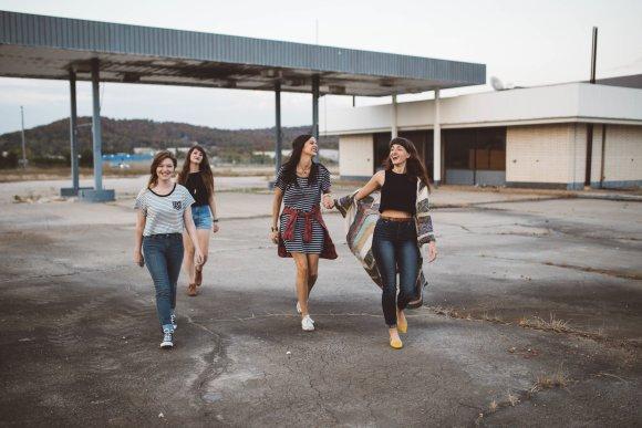Noies adolescents
