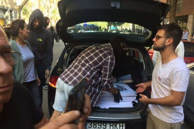 cartells policia seu cup carlota camps
