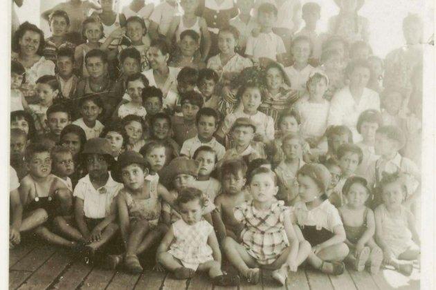 Muere Pablo Neruda. Los niños del Winnipeg. Fuente Centro Cultural de España en Santiago