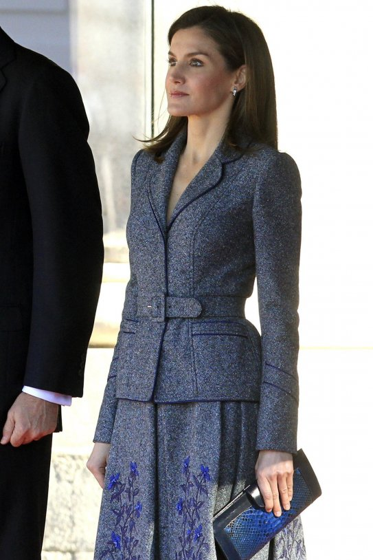 Letícia vestit gris 2 EFE