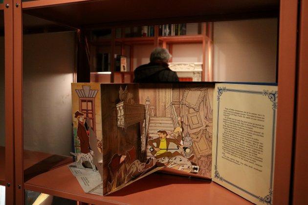 Un llibre desplegable de l'exposició. Mar Vila