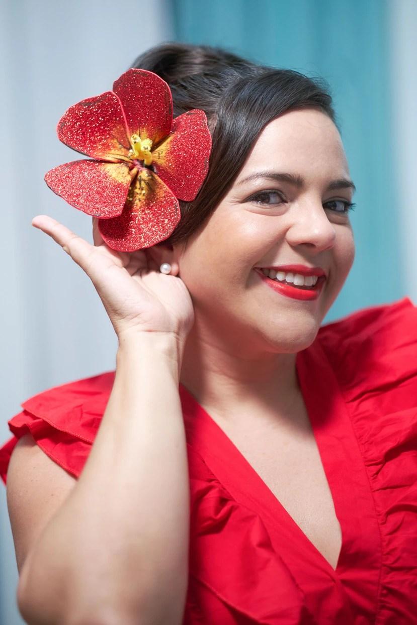 ¿Te contagiaste con la flor de maga gracias a Jasmine Camacho-Quinn? te enseñamos cómo hacer una de papel