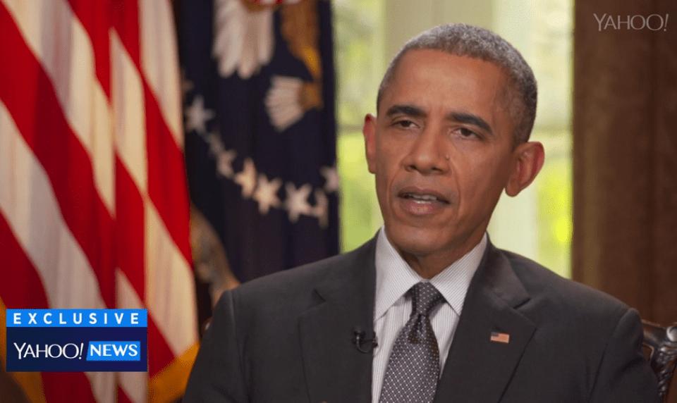 El presidente Barack Obama es entrevistado para el portal de noticias de Yahoo.com.