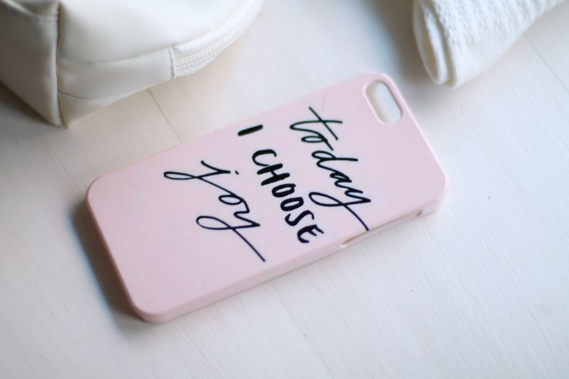 coque iphone mobile24