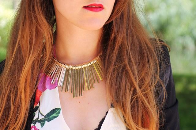 collier doré soleil