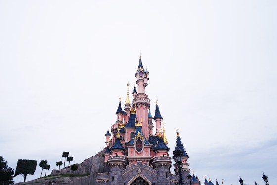 chateau disney