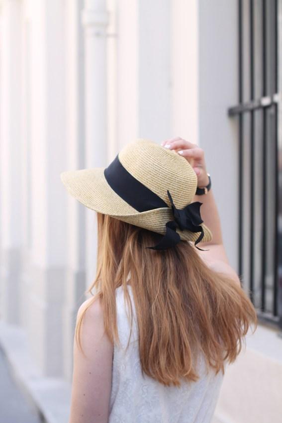 chapeau noeud noir