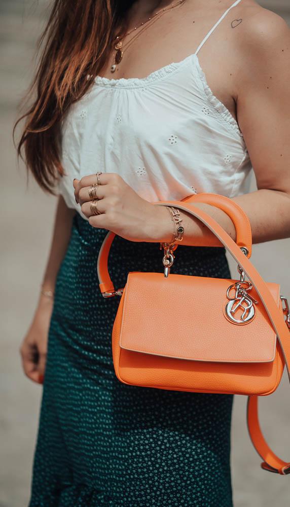 be Dior bag