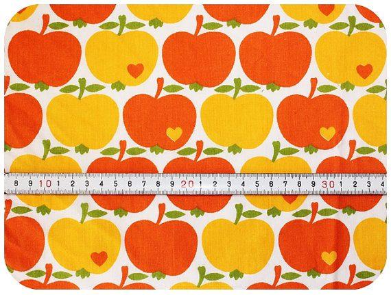 140722 pomme vintage tissu Les jolis imprimés : les tissus