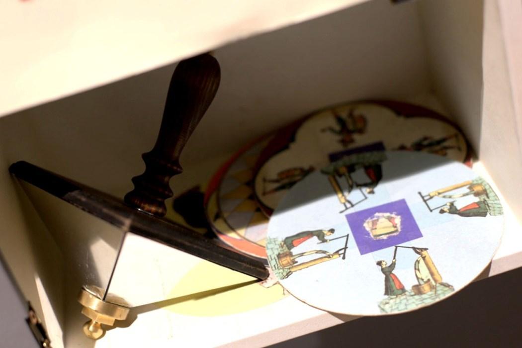 151230 toupie fantoche trevarez Féerie lumineuse et trucs en scope à Trevarez