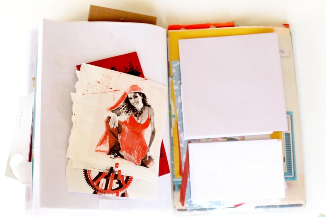 160411 cahier a collage Sur le fil : entre collage et cartes postales (SHYT)