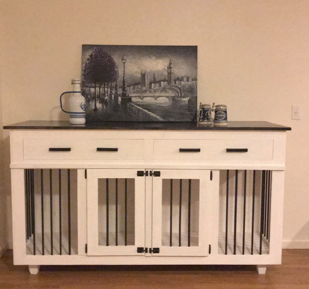 Featured Medium Double Doggie Flat with Drawers