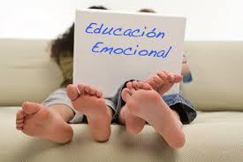 """ESCUELA DE PADRES  """"Educación emocional"""""""