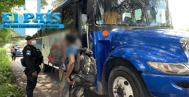 Migrantes indocumentados son rescatados en Escuintla