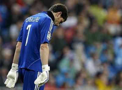 Casillas, durante el partido ante el Sevilla