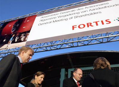 Accionistas de Fortis se dirigen a la Reunión General de Fortis en la Expo de Bruselas
