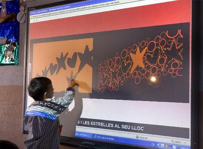 La escuela digital da sus primeros pasos en España.-JOAN SÁNCHEZ