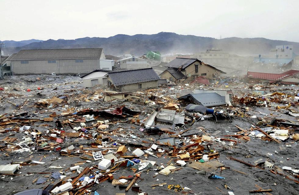 Terremoto en Japón  - Ola sin freno
