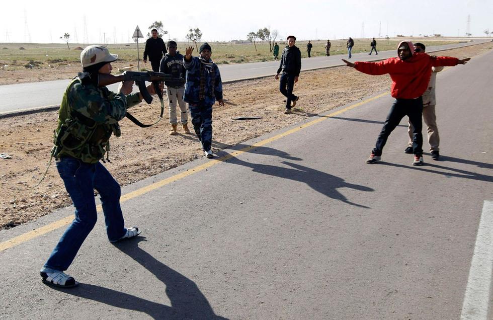 Operación 'El Amanecer de la Odisea' en Libia  - Tensión