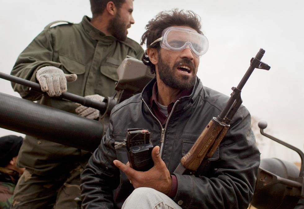 Operación 'El Amanecer de la Odisea' en Libia  - Regreso del frente