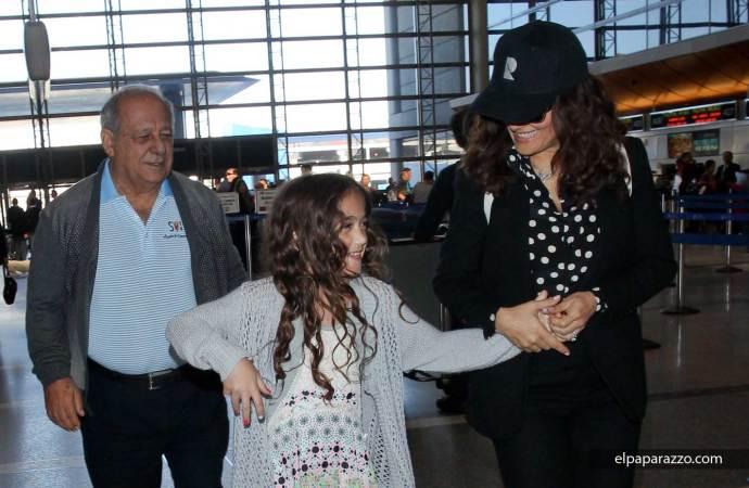 Salma Hayek junto a su hija Valentina Pinault