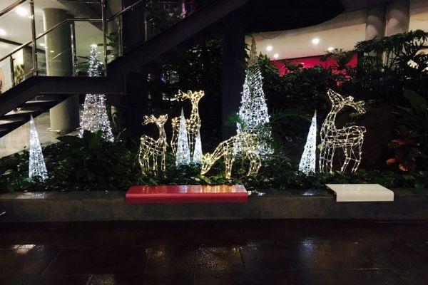 Decoración navideña Centro Comercial El Tablero