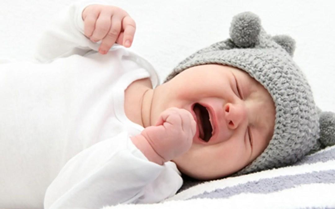Come la chiropratica tratta la colica nei bambini piccoli