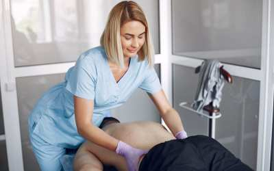 Massaggiatori e salute della colonna vertebrale