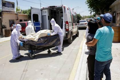COVID-19 deja otros 501 muertos en México