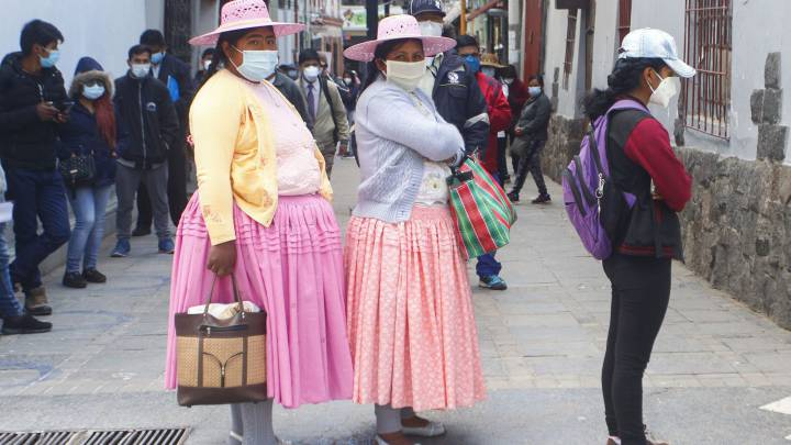 Perú aprueba acceso voluntario a vacuna gratis contra covid-19