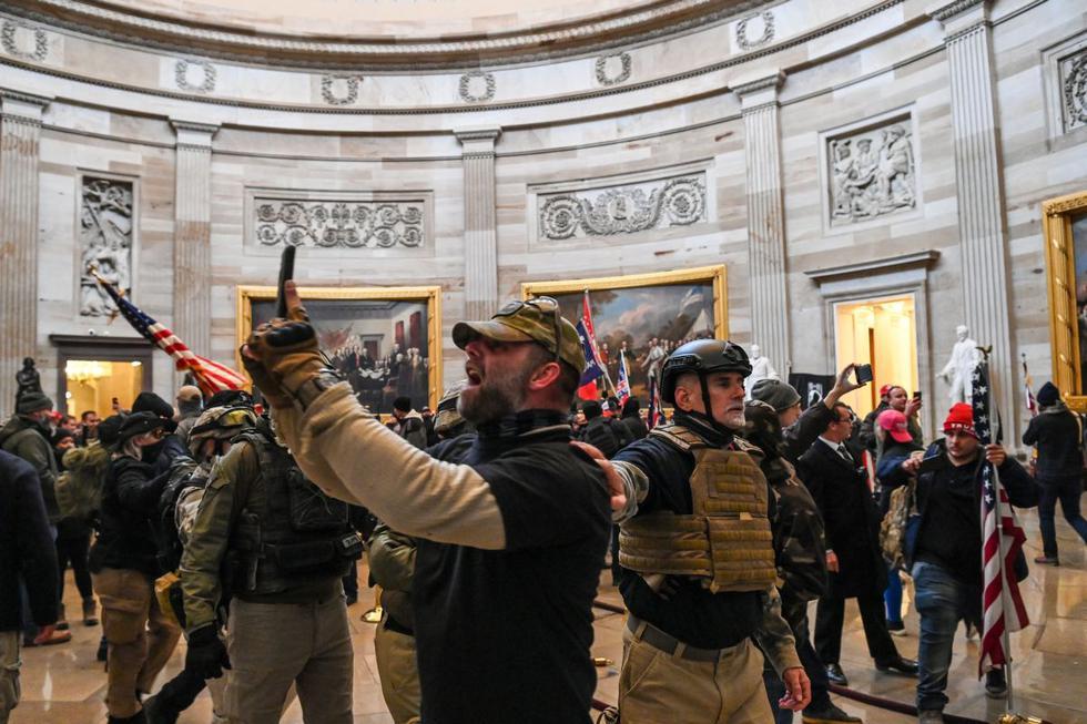 Estados Unidos: seguidores de Donald Trump irrumpen en el Congreso